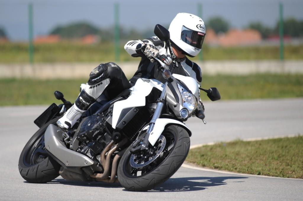 Motogalerija Honda CB 1000 R - Maraton test