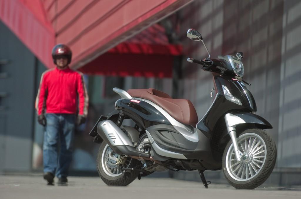 Motogalerija Piaggio beverly 300 ie (2010)